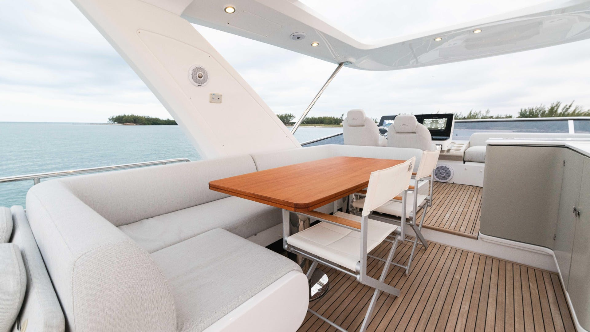 2019 Azimut 60' FLY Still Dreaming | Picture 2 of 99