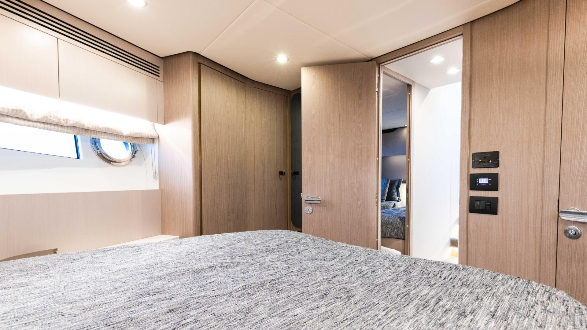 2019 Azimut 60' FLY Still Dreaming | Picture 4 of 99