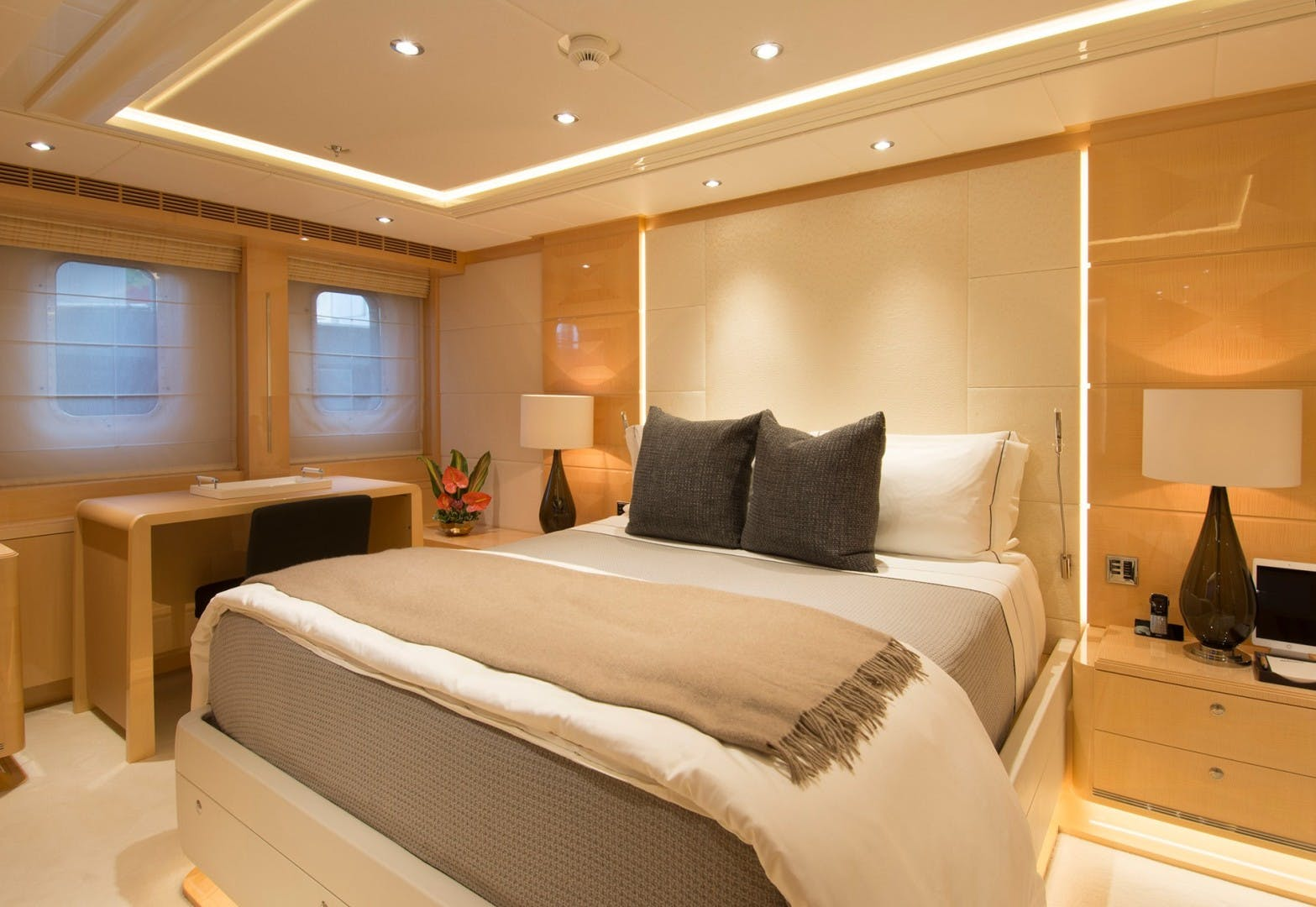 2011 Heesen Yachts 180' Lloyds, LY2/MCA Abbracci | Picture 2 of 11