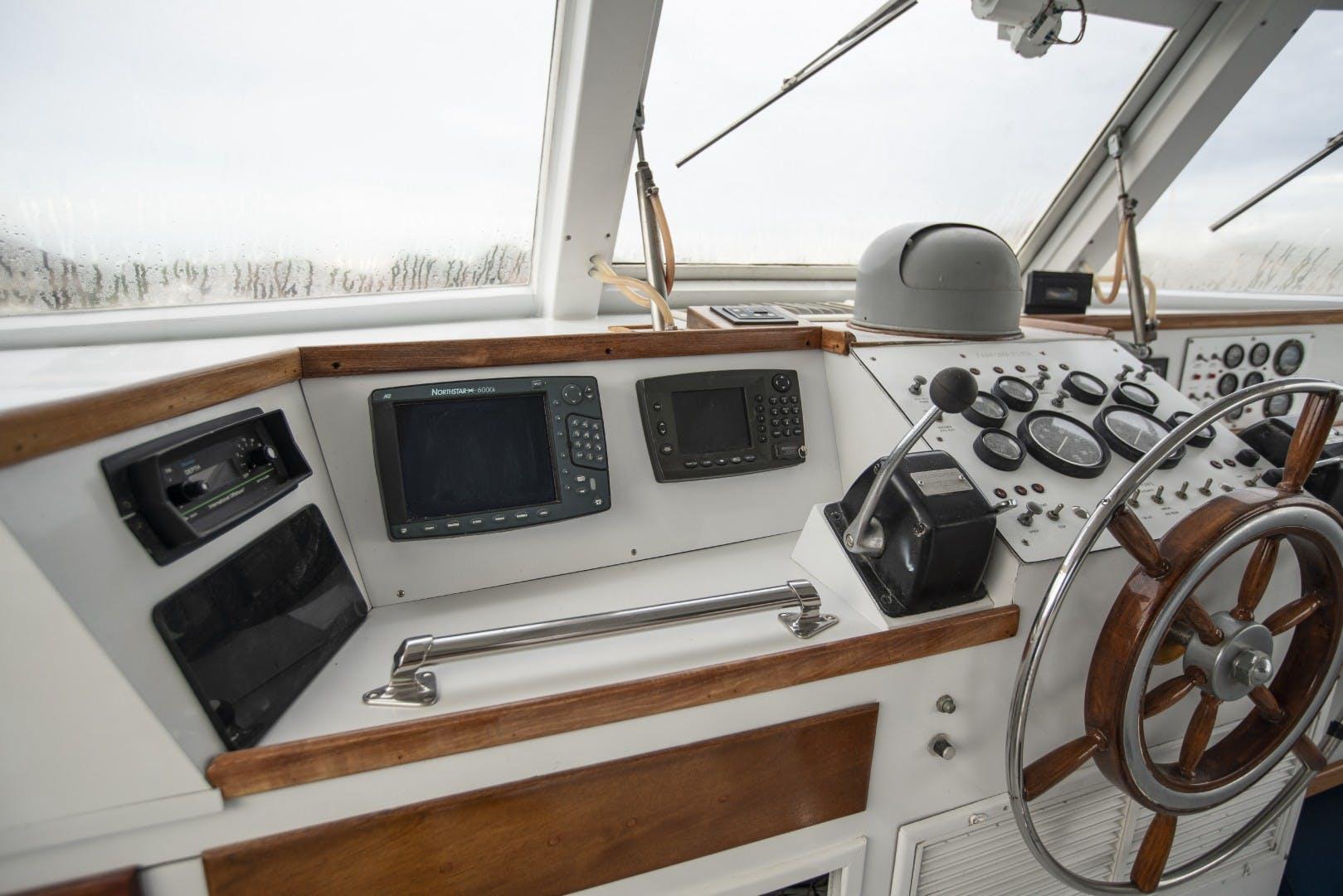 1980 Huckins 90' Yachtfish Hemingway   Picture 6 of 55