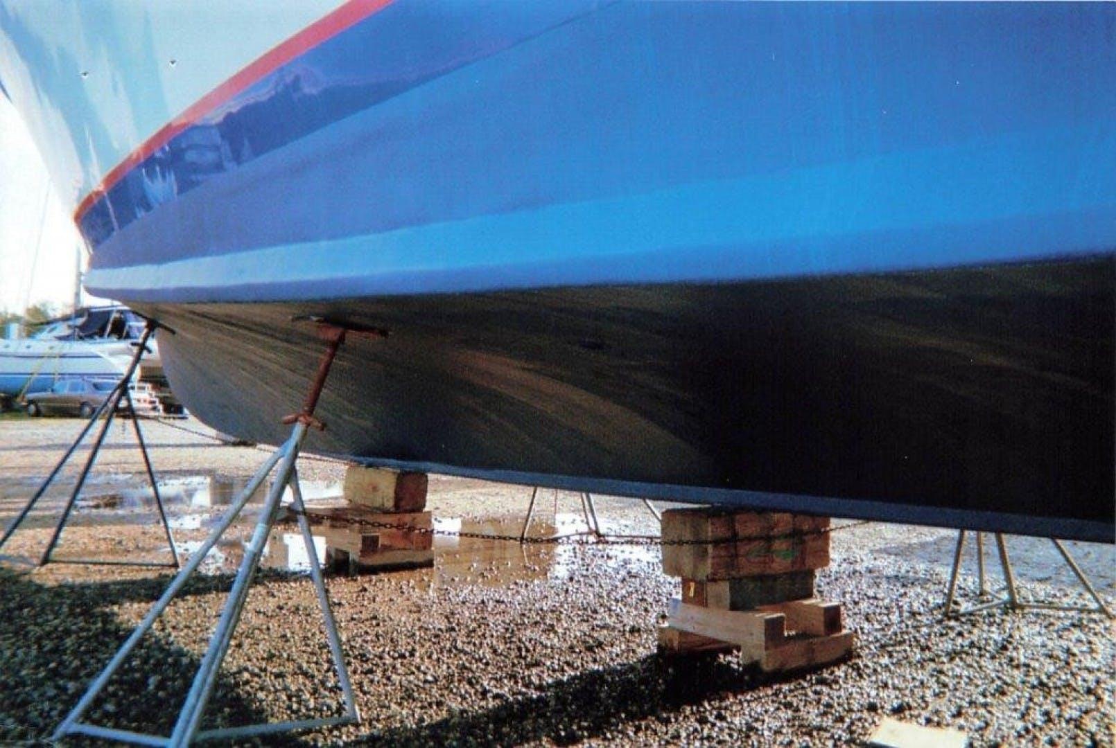 1980 Huckins 90' Yachtfish Hemingway | Picture 8 of 38