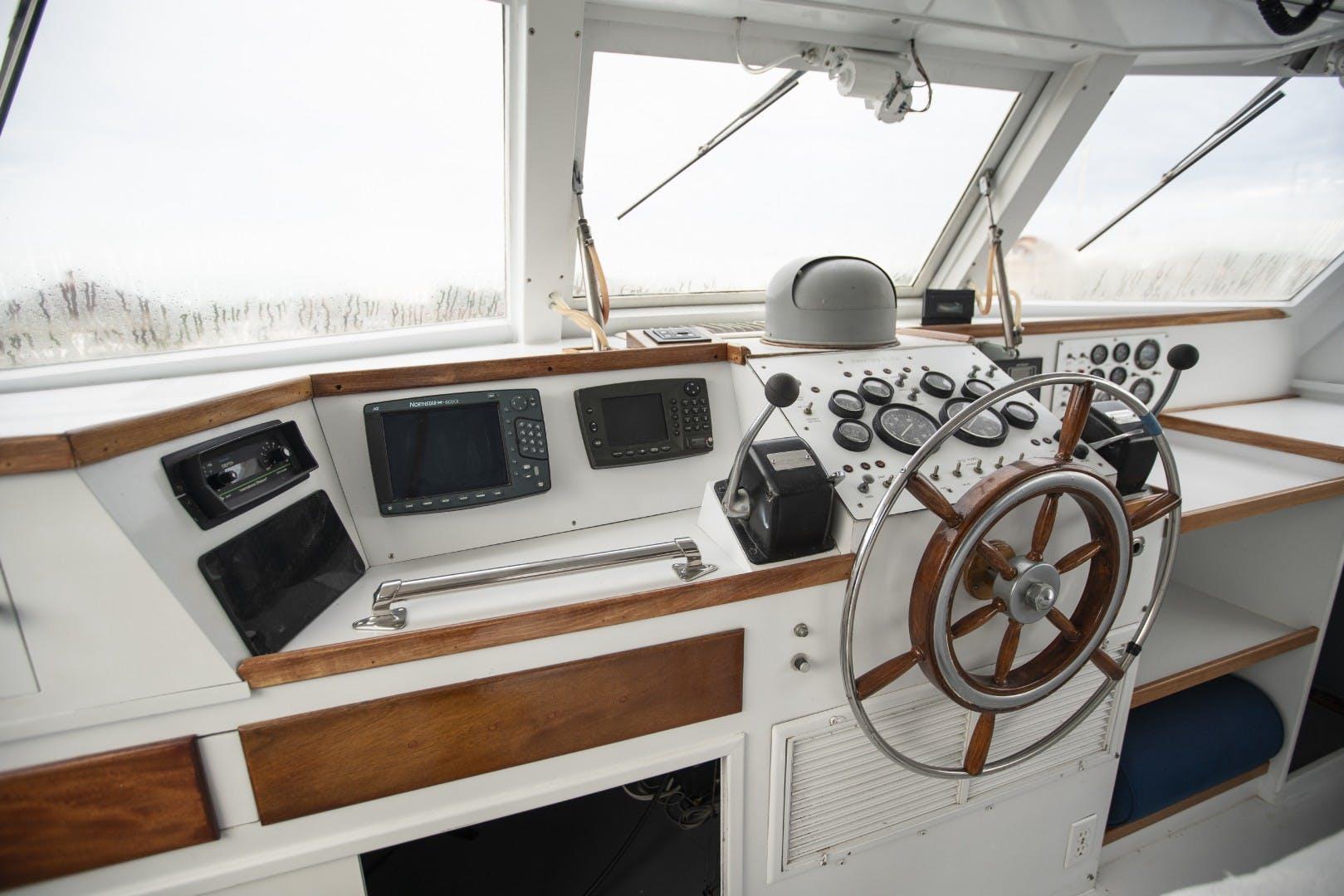 1980 Huckins 90' Yachtfish Hemingway   Picture 5 of 55