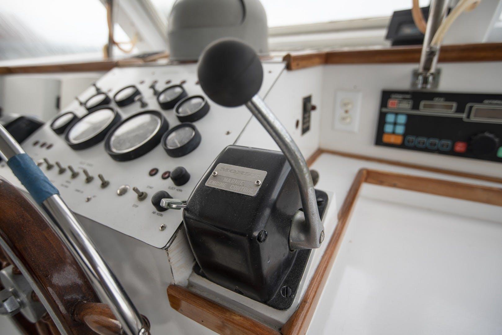 1980 Huckins 90' Yachtfish Hemingway   Picture 8 of 55