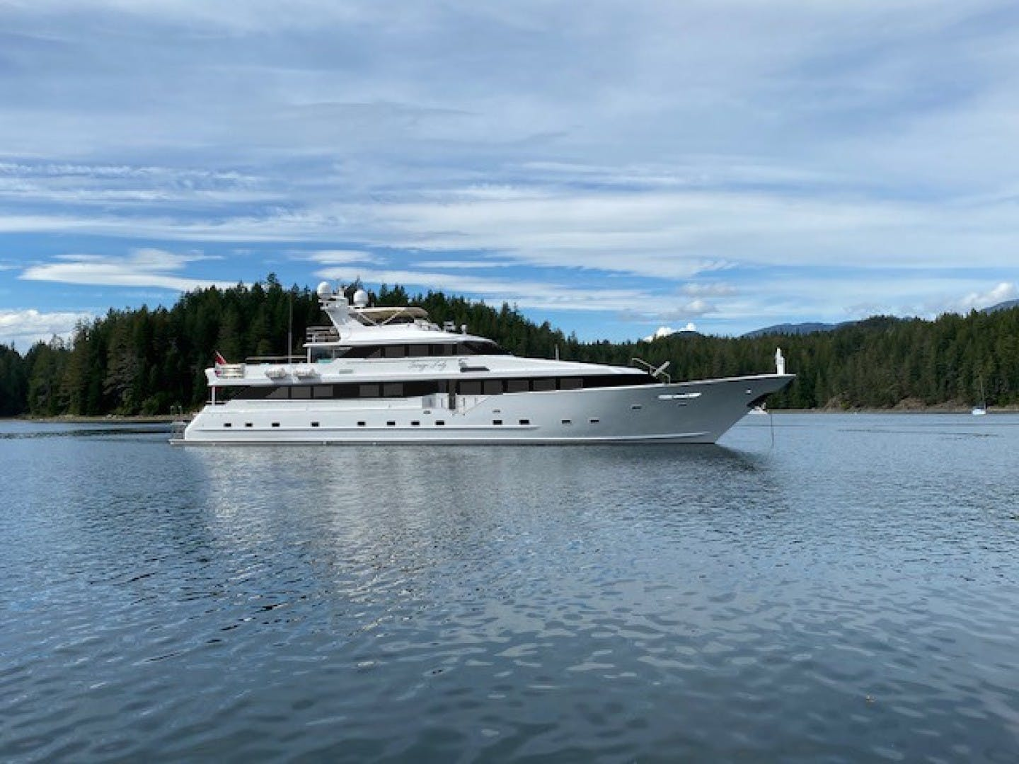 1993 Broward 123' Tri Deck Sovereign Lady   Picture 5 of 23