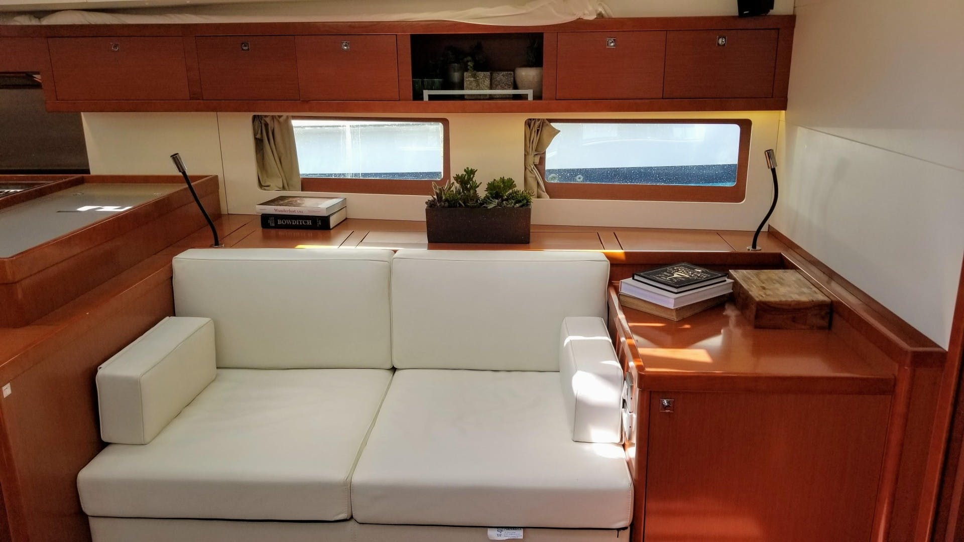 2015 Beneteau 55' Oceanis 55 FIRST SIP | Picture 5 of 33