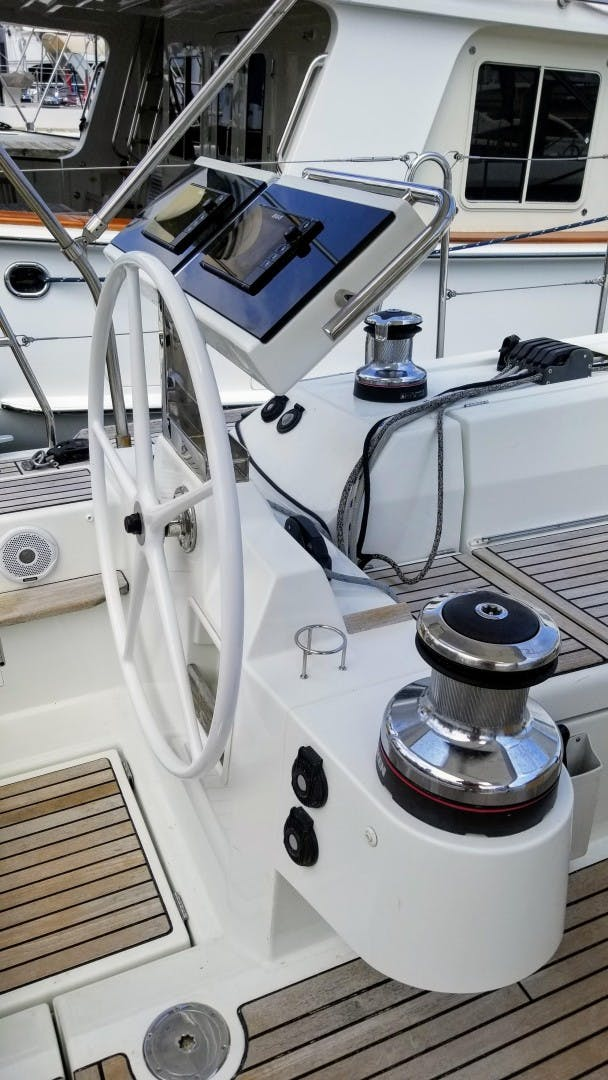 2015 Beneteau 55' Oceanis 55 FIRST SIP   Picture 8 of 33