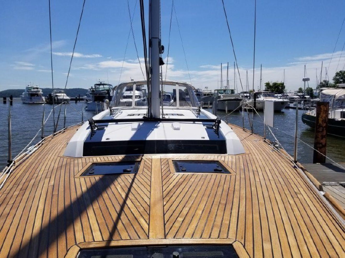 2015 Beneteau 55' Oceanis 55 FIRST SIP | Picture 3 of 33