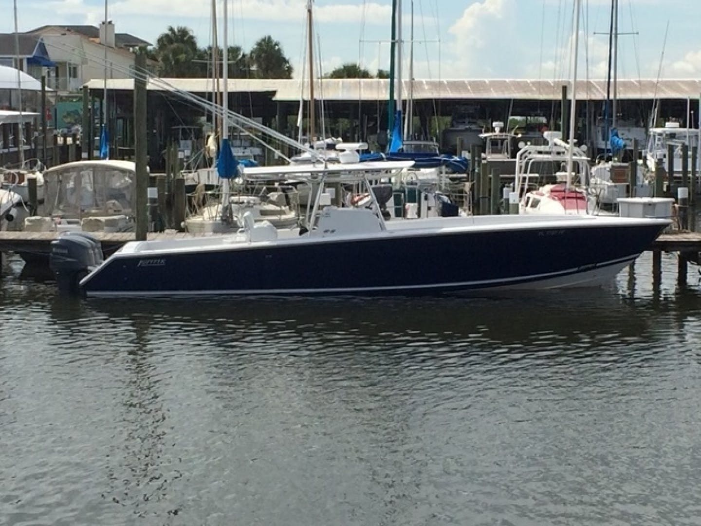 2007 Jupiter 38' 38 center console No Name 38 | Picture 1 of 4