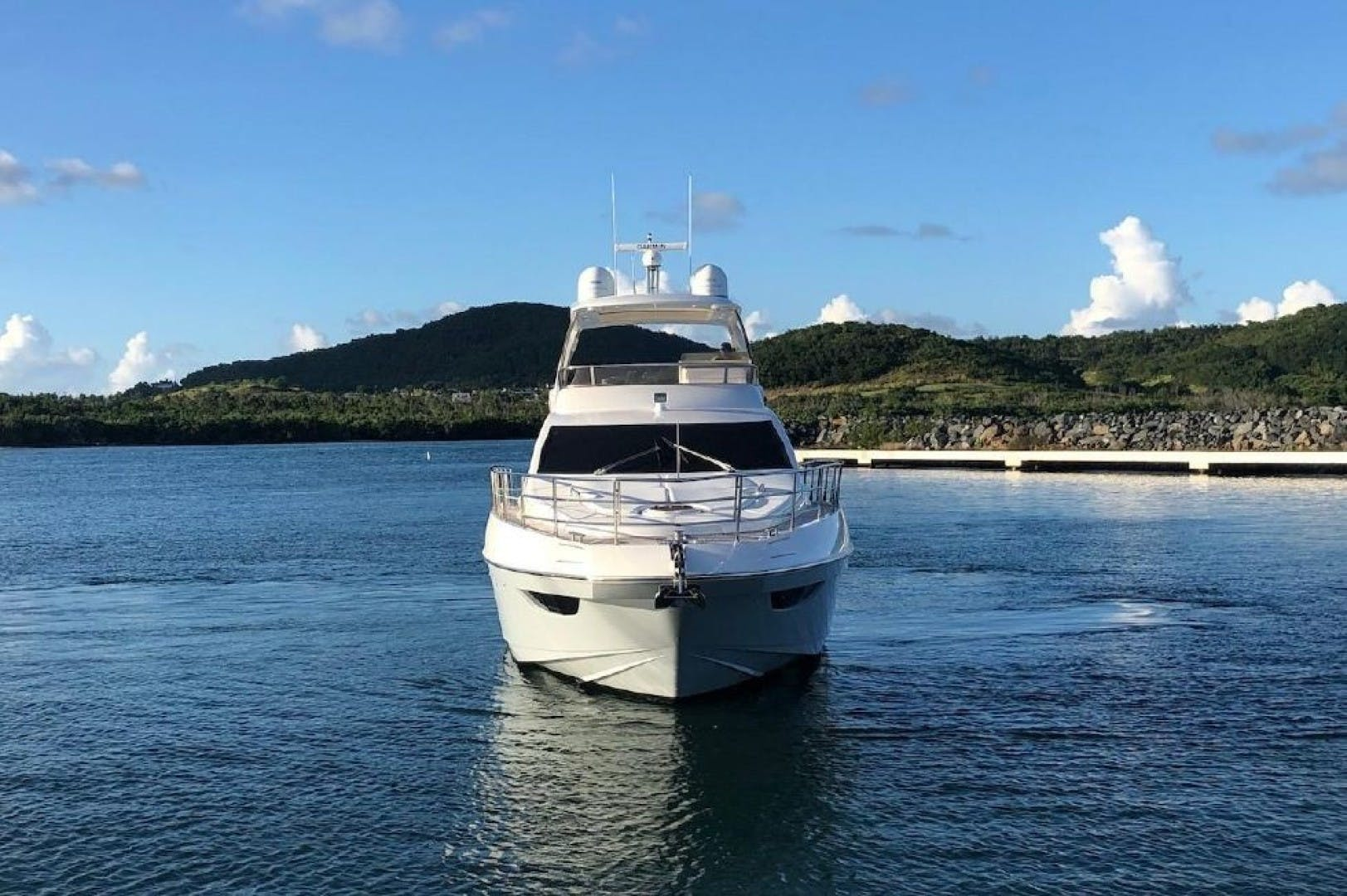 2013 Azimut 64'     Picture 6 of 48