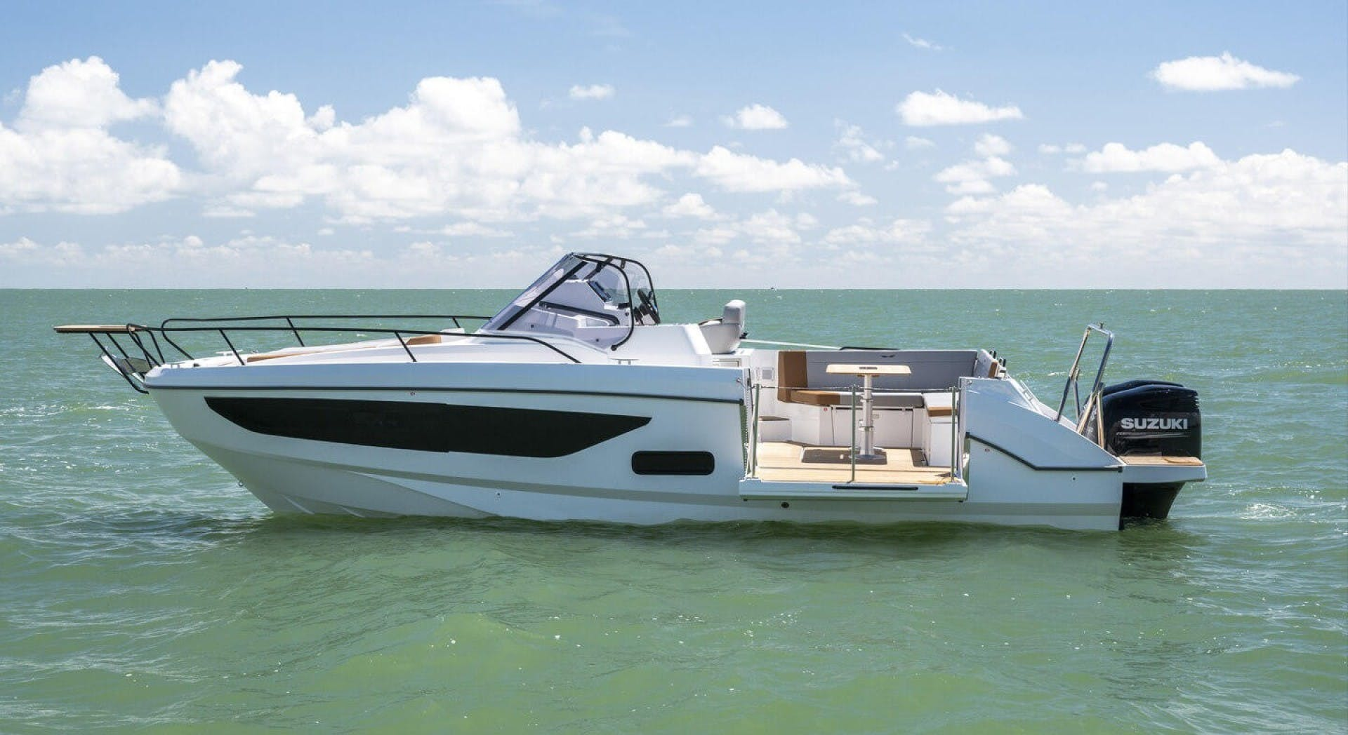 2021 Beneteau America 30' Flyer 9 Sundeck  | Picture 5 of 10