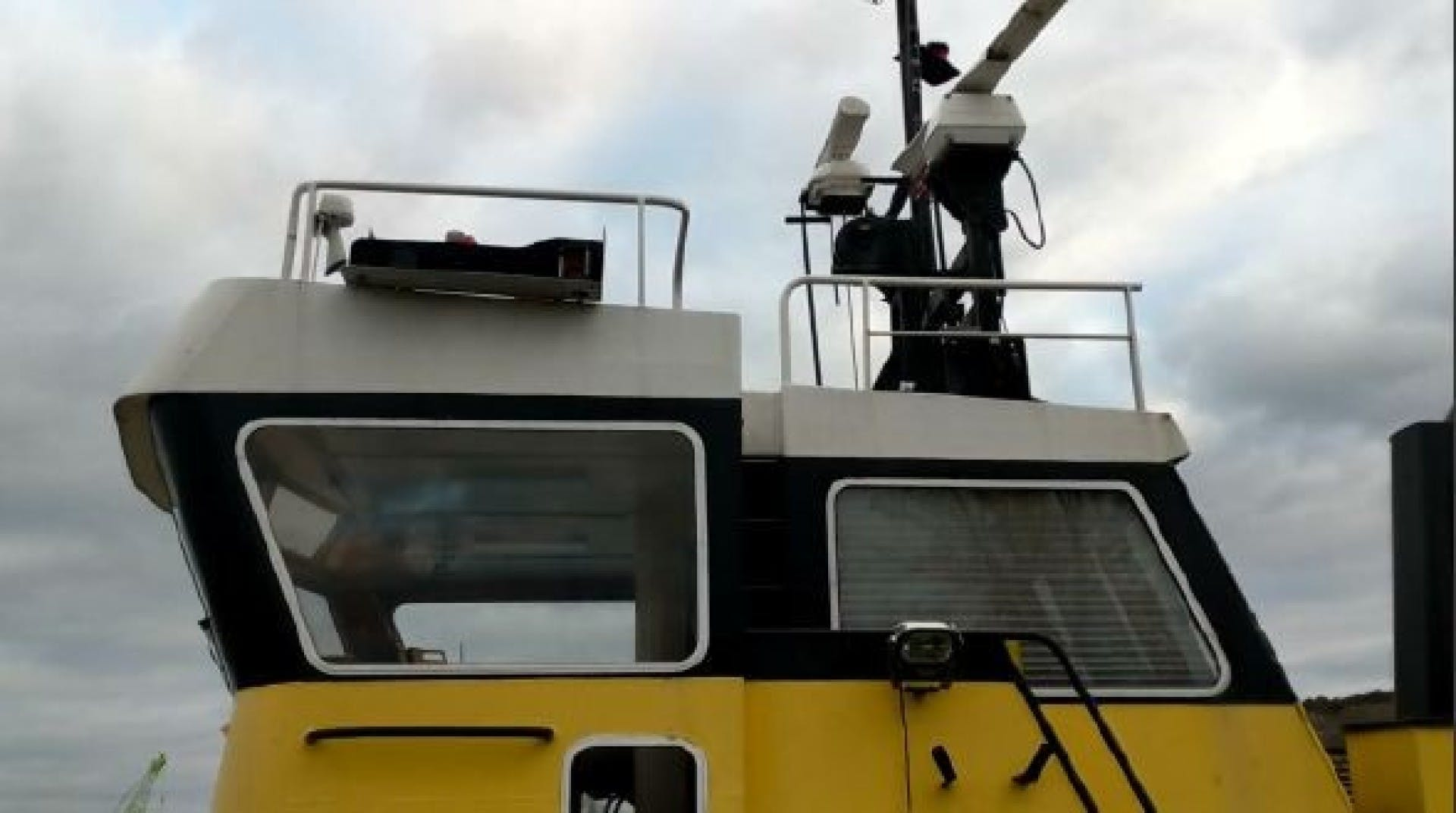 1963 Tugboat 83'   ITINERANTE I | Picture 3 of 6