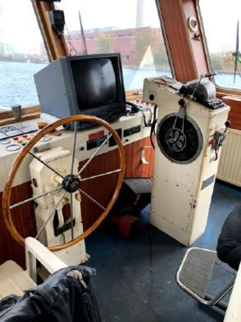 1963 Tugboat 83'   ITINERANTE I | Picture 5 of 6
