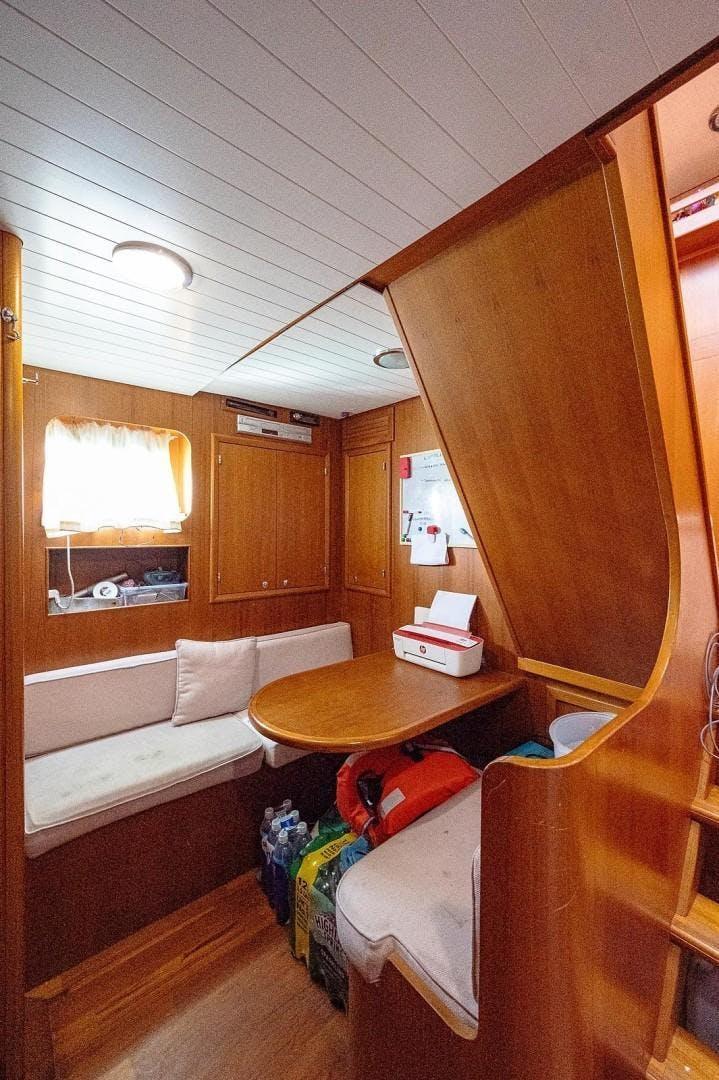 2006 De Cesari 97' 29M Yacht Atali | Picture 8 of 89