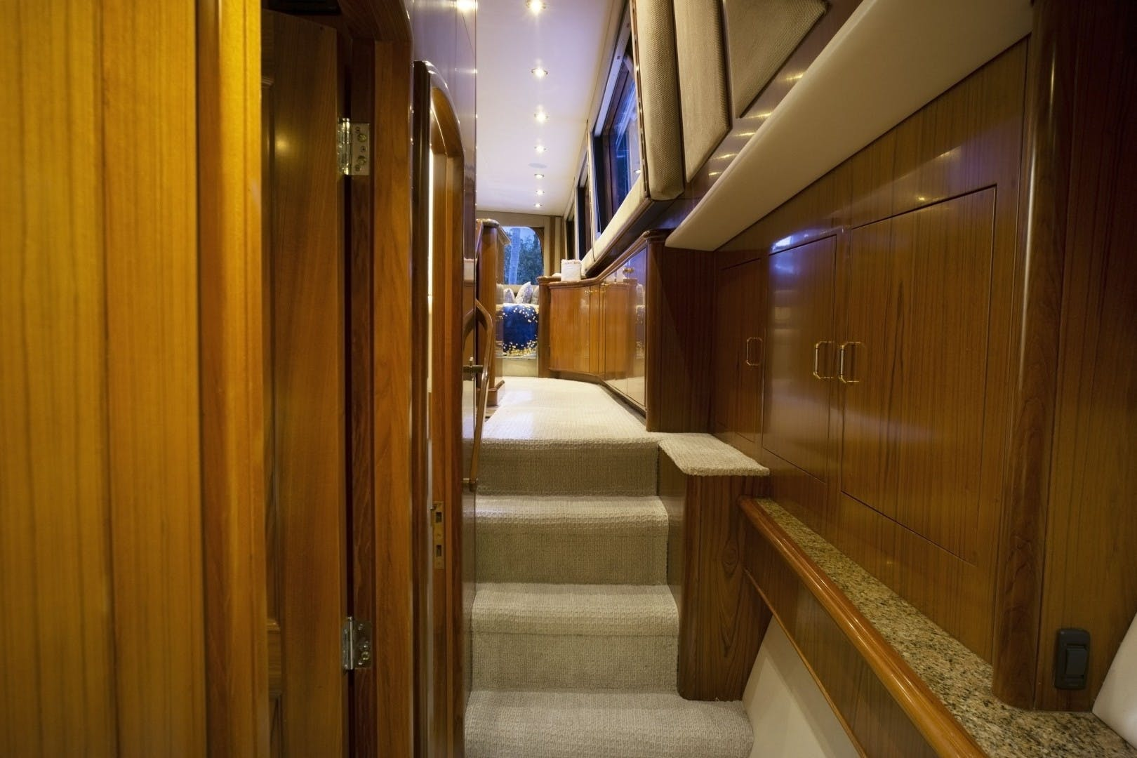 2005 Sea Force IX 81' Enclosed Flybridge Reel Deal | Picture 3 of 72