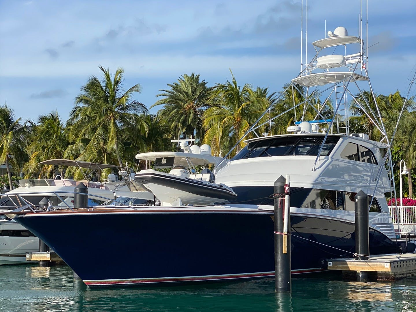 2005 Sea Force IX 81' Enclosed Flybridge Reel Deal | Picture 1 of 72