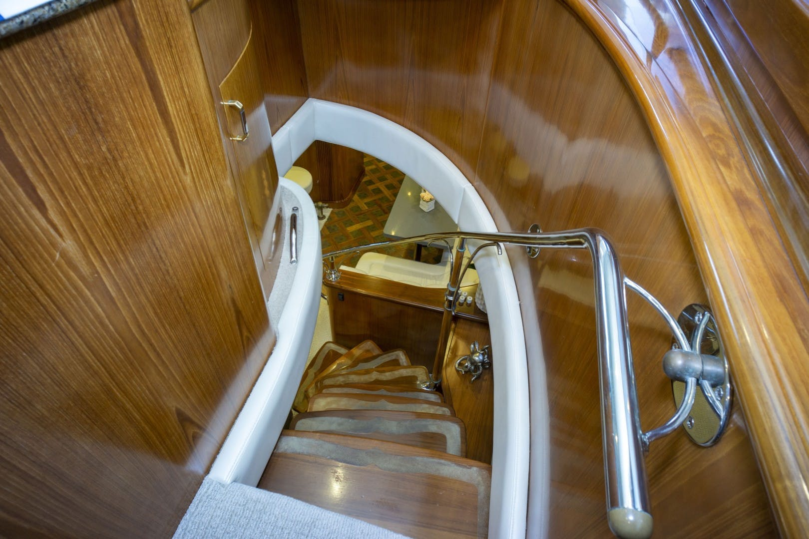 2005 Sea Force IX 81' Enclosed Flybridge Reel Deal | Picture 8 of 72
