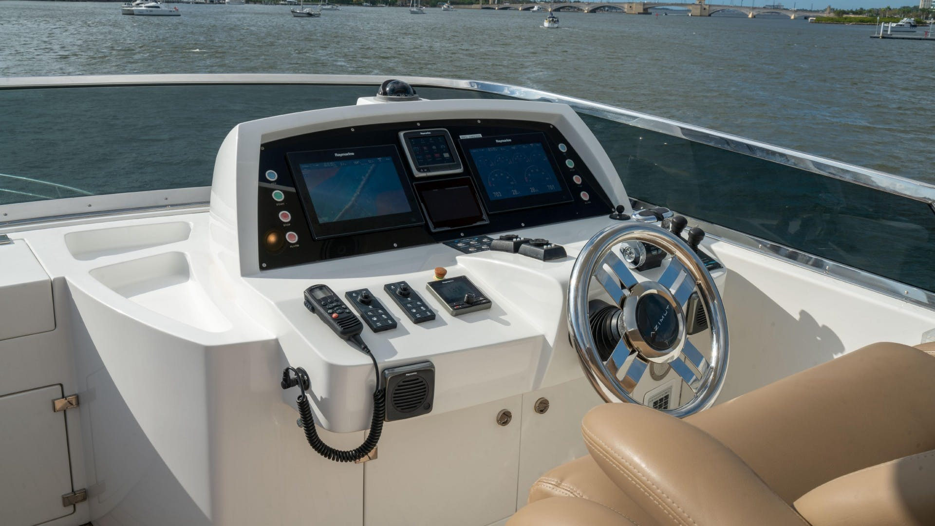 2014 Azimut 84' Flybridge PHOENIX | Picture 7 of 141