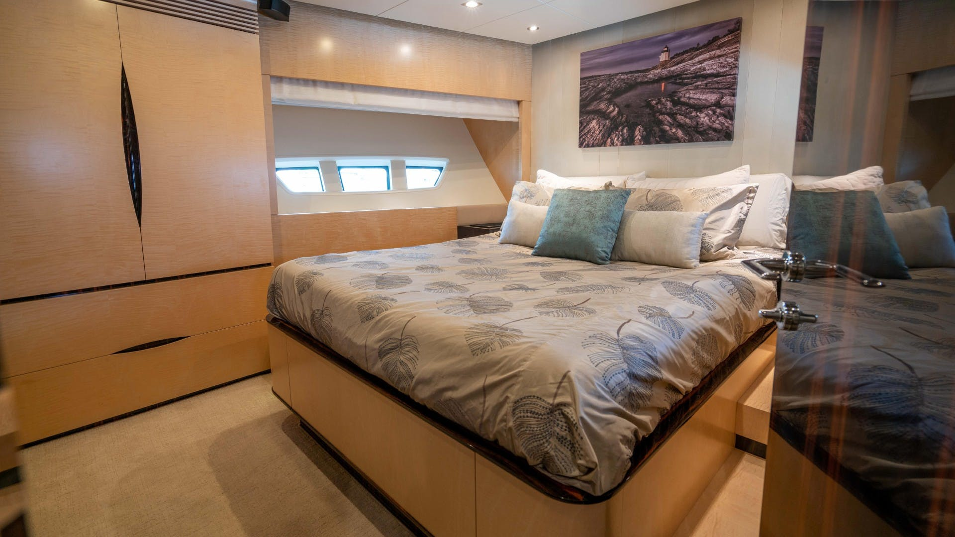 2014 Azimut 84' Flybridge PHOENIX | Picture 8 of 141