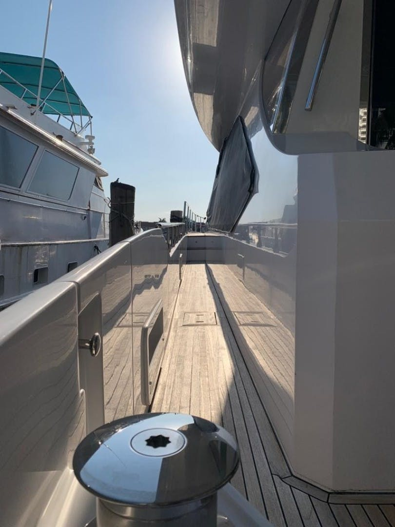 2018 Azimut 72' Flybridge Amalfi | Picture 6 of 182