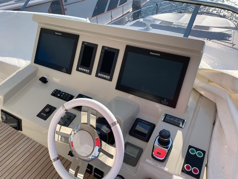 2018 Azimut 72' Flybridge Amalfi   Picture 5 of 152