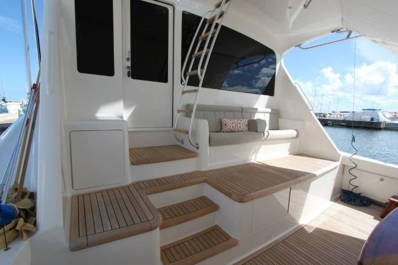 2011 Viking 76' 76 Convertible  | Picture 6 of 39