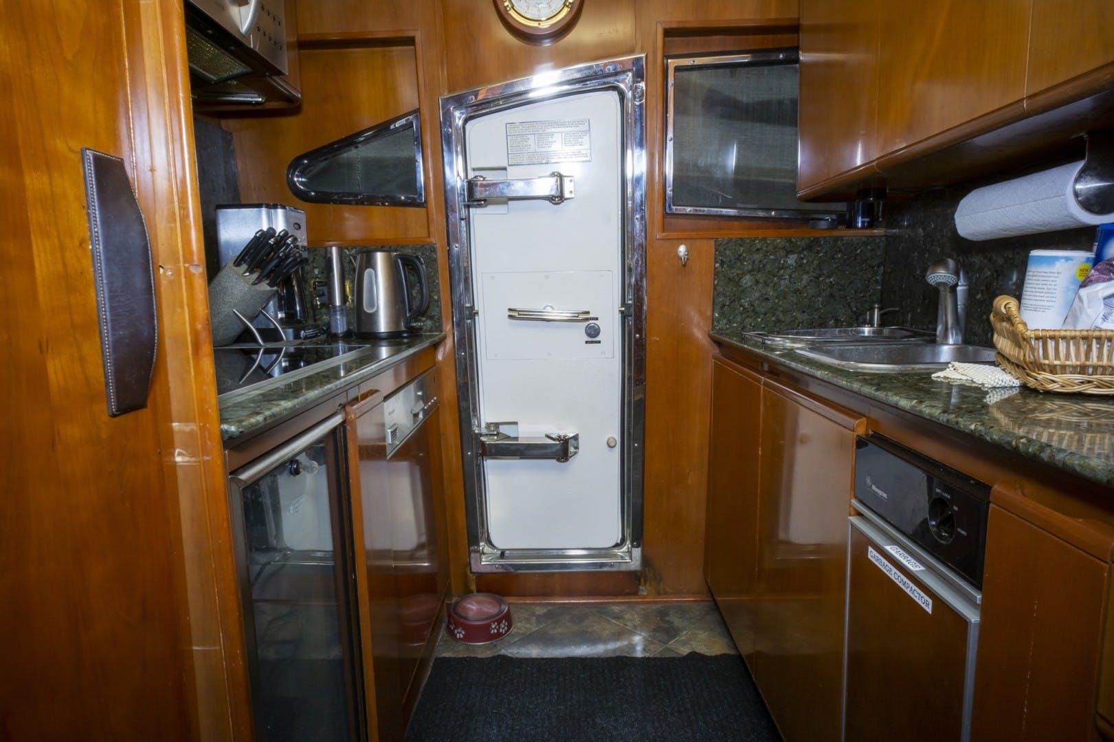 1998 Astondoa 72' 72 GLX Kartessa III | Picture 7 of 53
