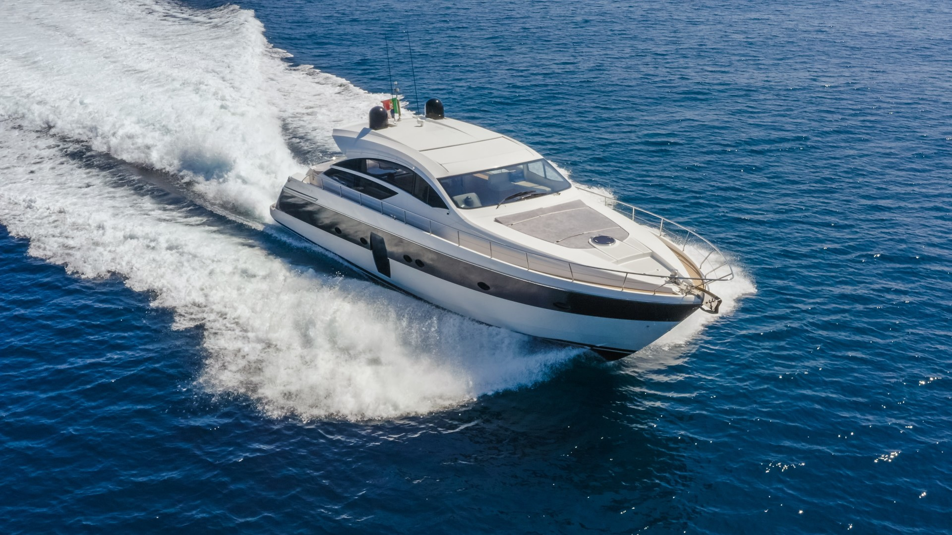 """2009 Pershing 64' 64 """"FIRST LADY"""""""