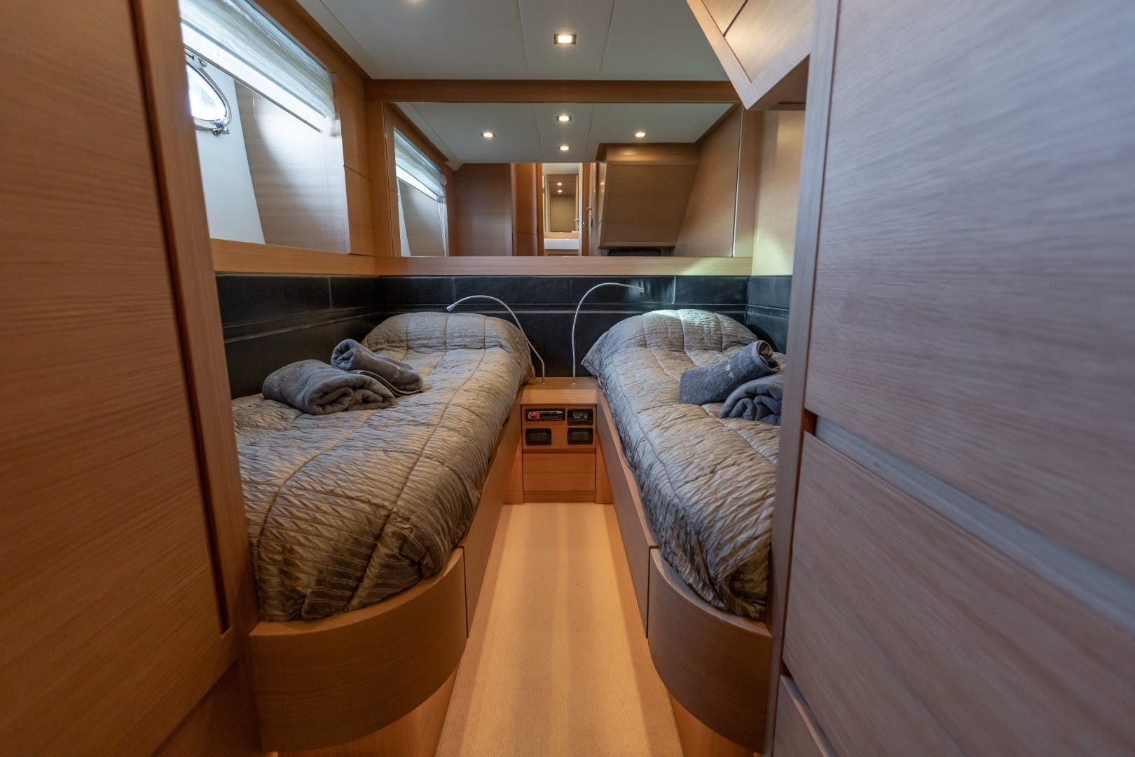 2009 Pershing 64' 64 FIRST LADY | Picture 5 of 19