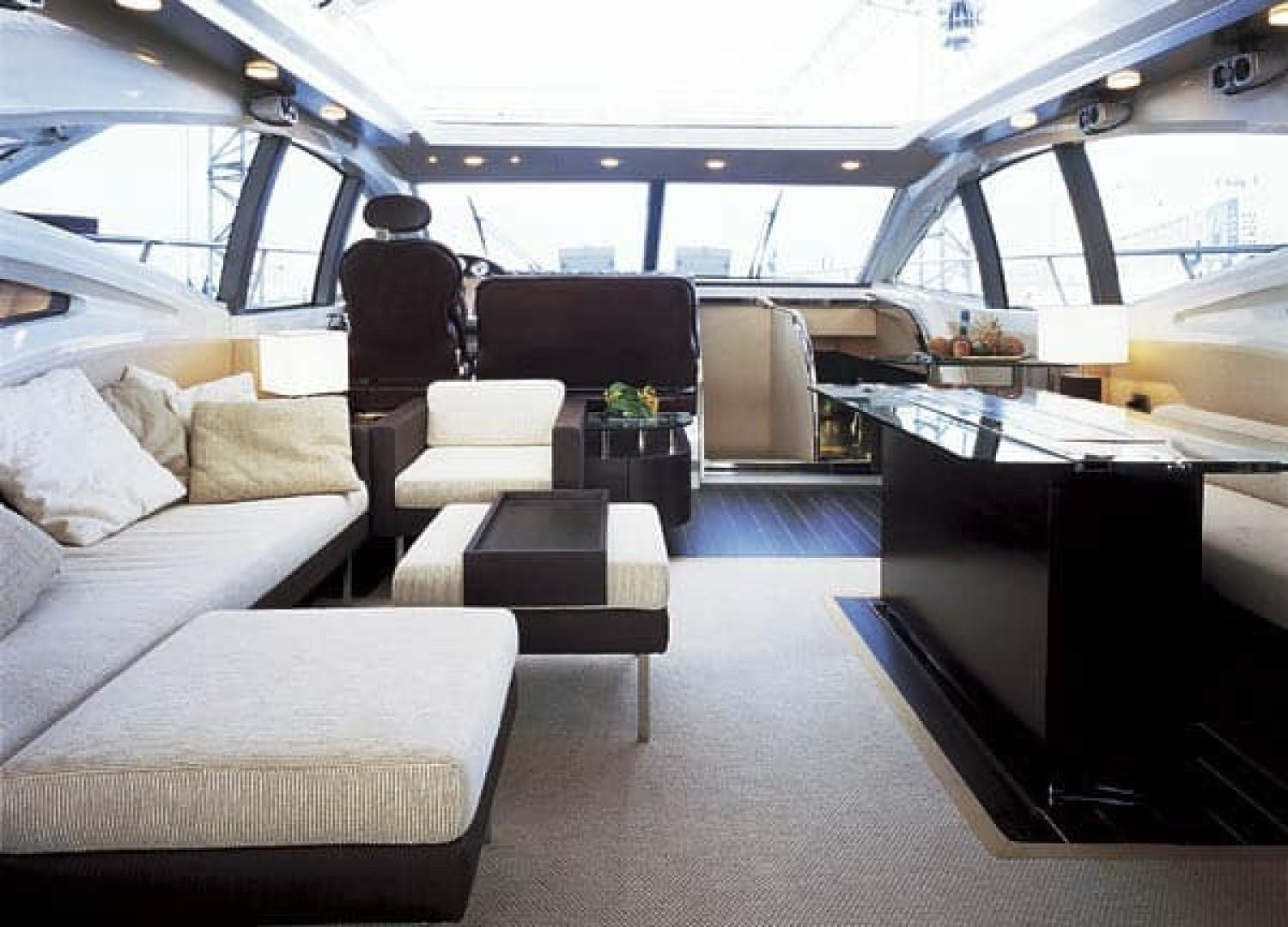 2007 Azimut 68' 68S    Picture 4 of 5