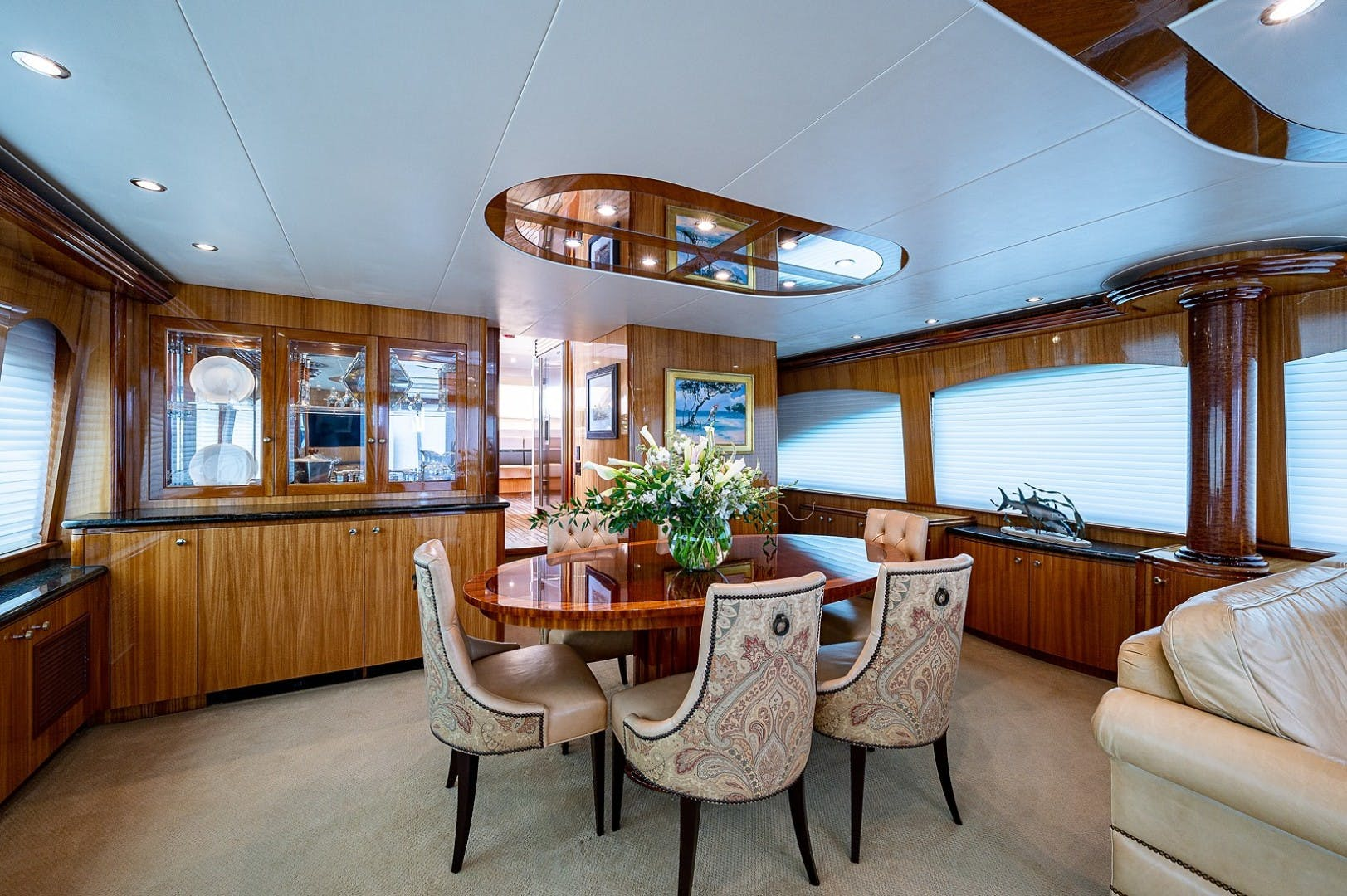 2007 Hatteras 80'  Lucy   Picture 1 of 57
