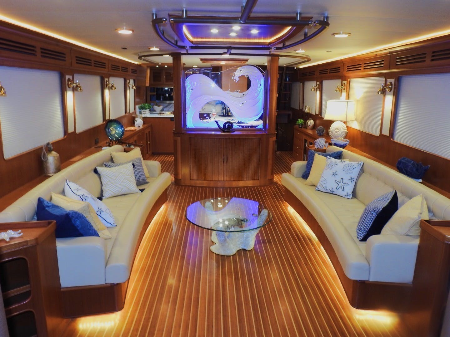 2011 Marlow 97' 97E Command Bridge Agave | Picture 1 of 36