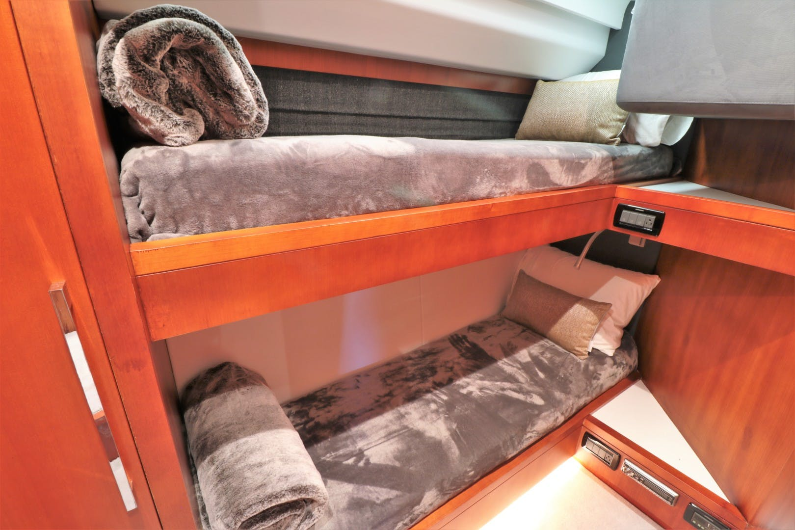 2008 Uniesse 65'   | Picture 5 of 56