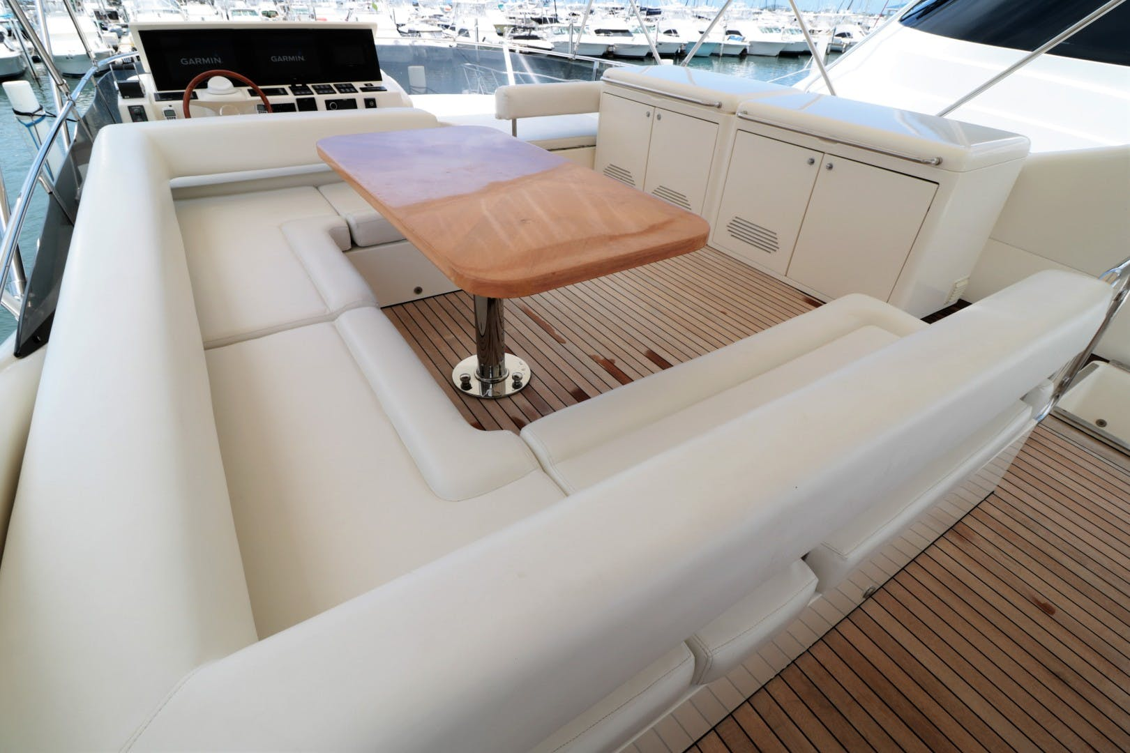2008 Uniesse 65'   | Picture 8 of 56