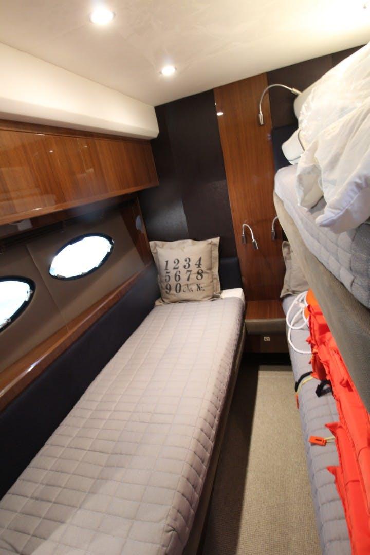 2014 Princess Yachts 72'  PISCHOS III | Picture 7 of 19