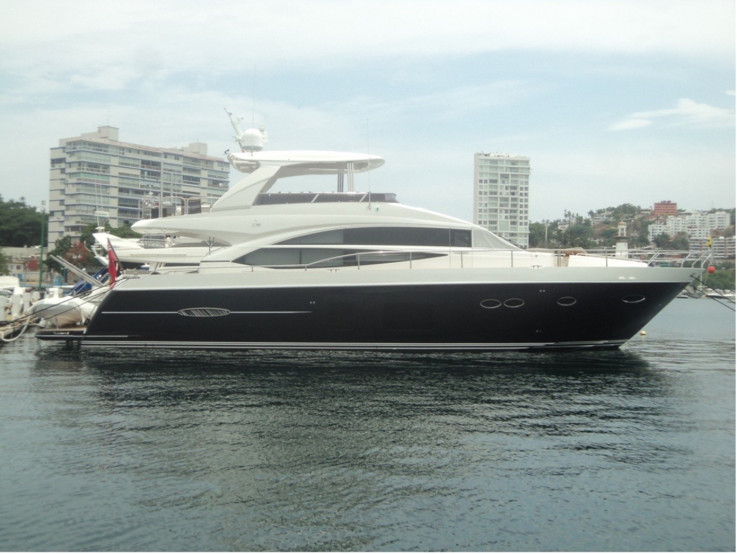 """2014 Princess Yachts 72'  """"PISCHOS III"""""""