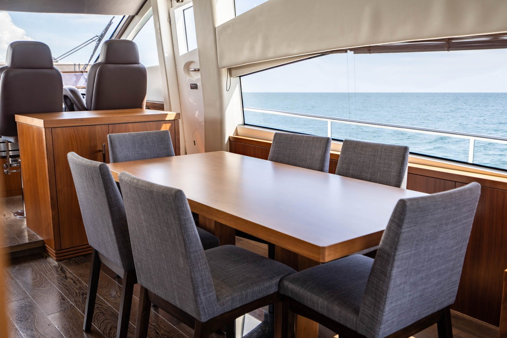 2015 Sunseeker 75'  VOV | Picture 6 of 62