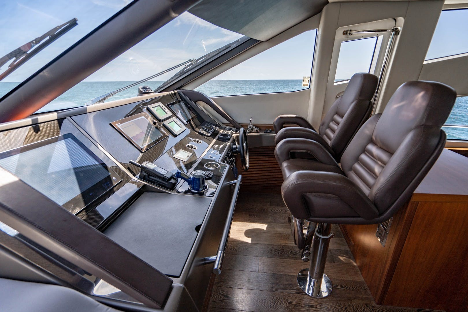 2015 Sunseeker 75'  VOV | Picture 8 of 62