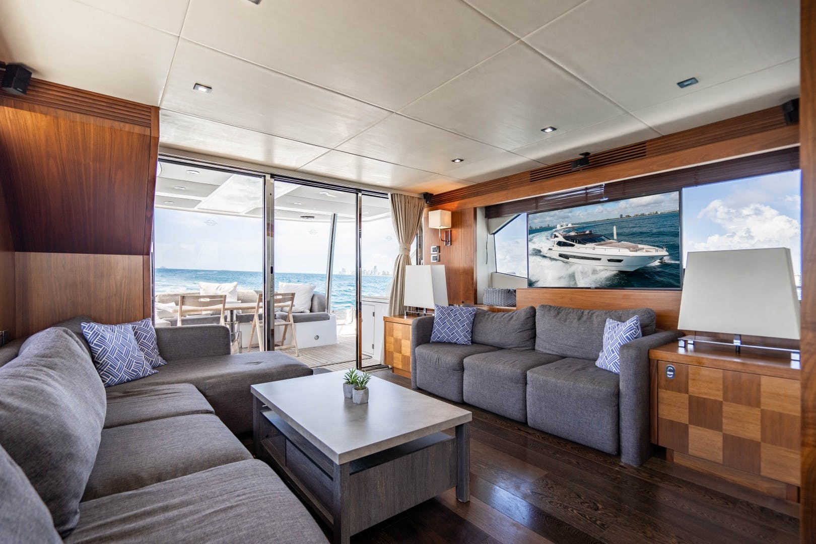 2015 Sunseeker 75'  VOV | Picture 5 of 62