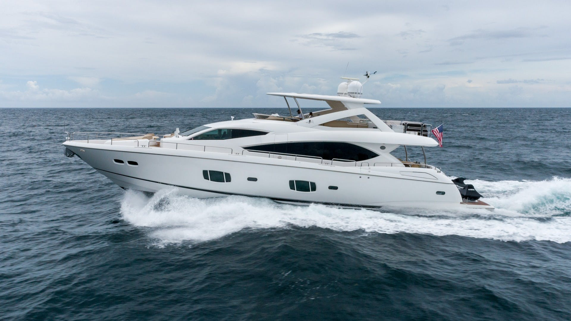 2010 Sunseeker 88'  Splashed Out   Picture 1 of 51