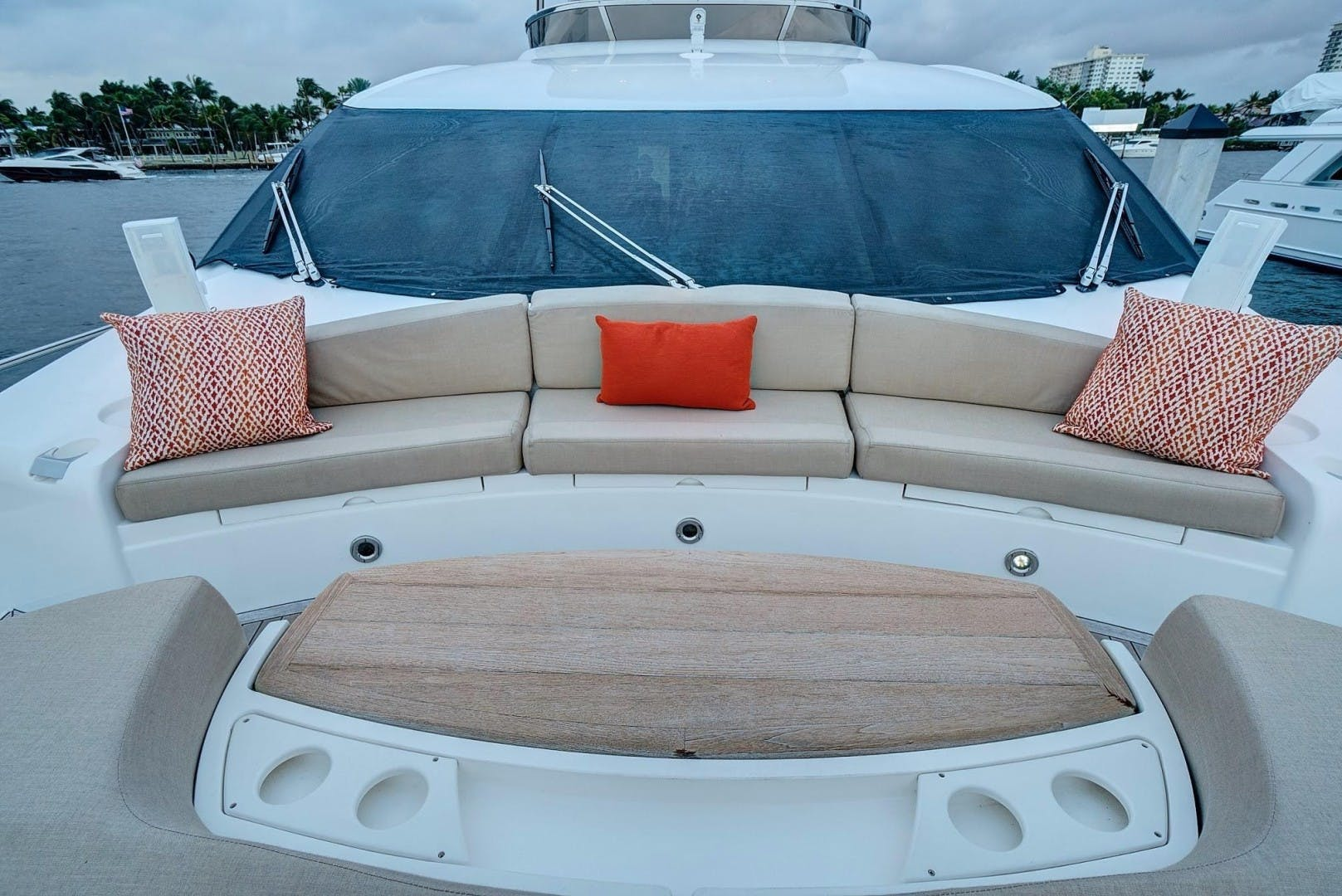2010 Sunseeker 88'  Splashed Out | Picture 1 of 34