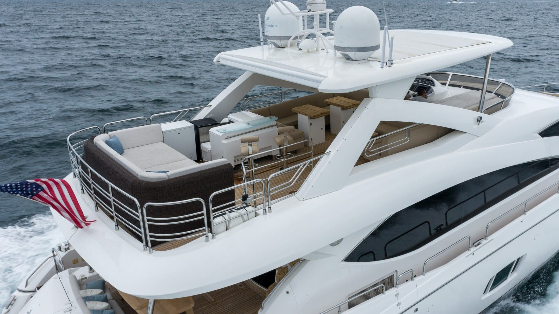 2010 Sunseeker 88'  Splashed Out   Picture 7 of 51