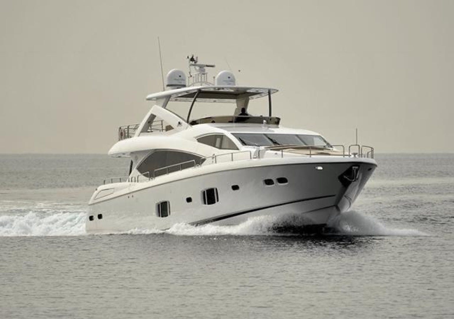 2010 Sunseeker 88'  Splashed Out | Picture 2 of 34