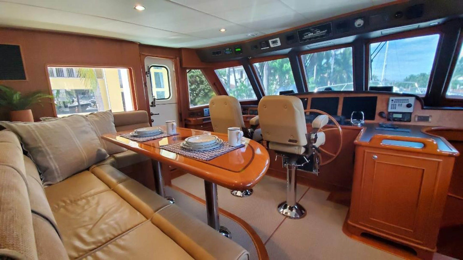 2012 Outer Reef Yachts 70' 70 Loungeitude | Picture 6 of 32