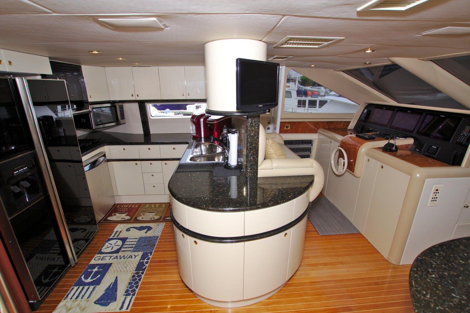 1995 Lazzara Yachts 76' 76 GRAND SALON Christmas Spirit | Picture 4 of 106