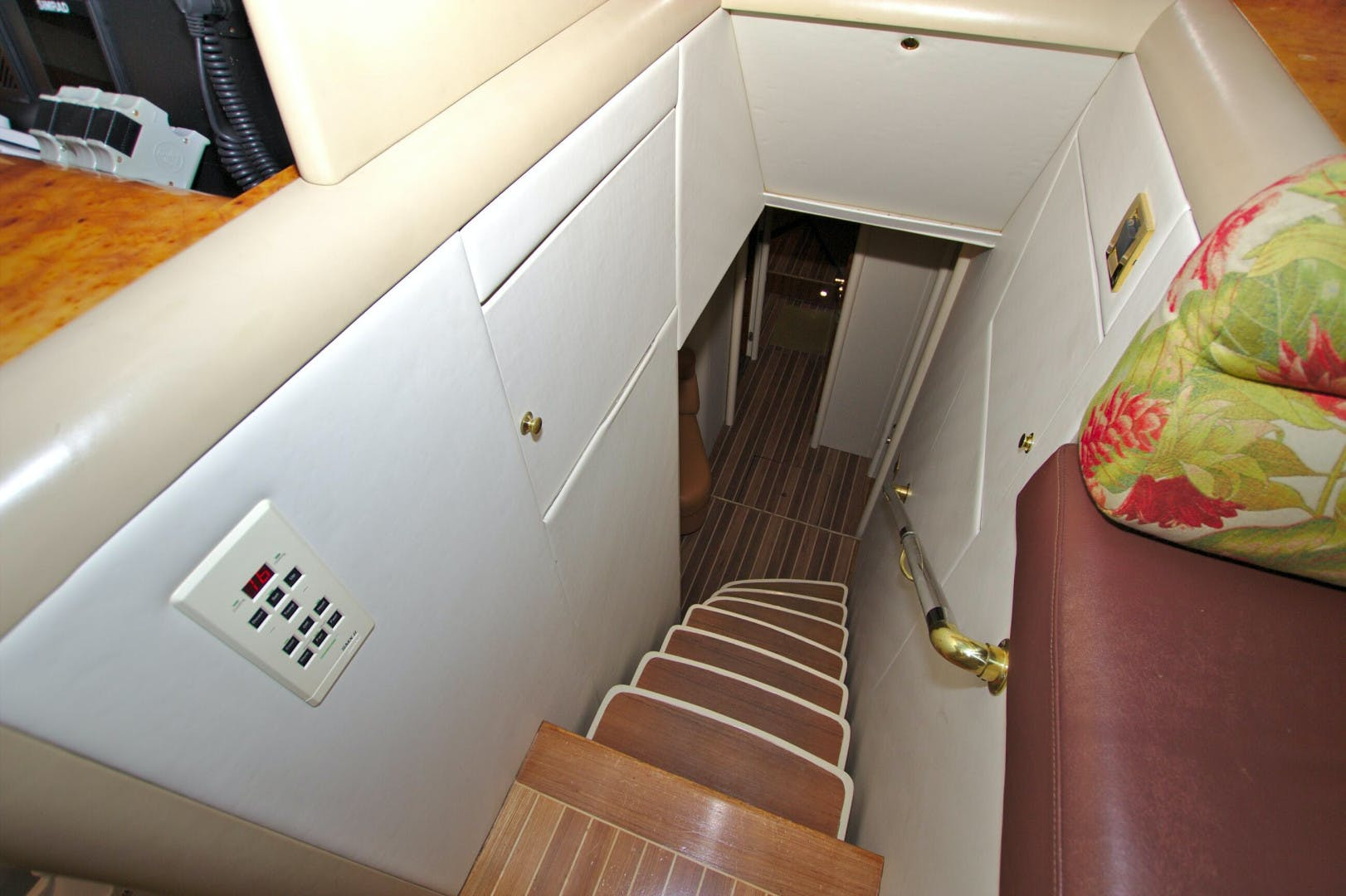 1995 Lazzara Yachts 76' 76 GRAND SALON Christmas Spirit | Picture 1 of 106