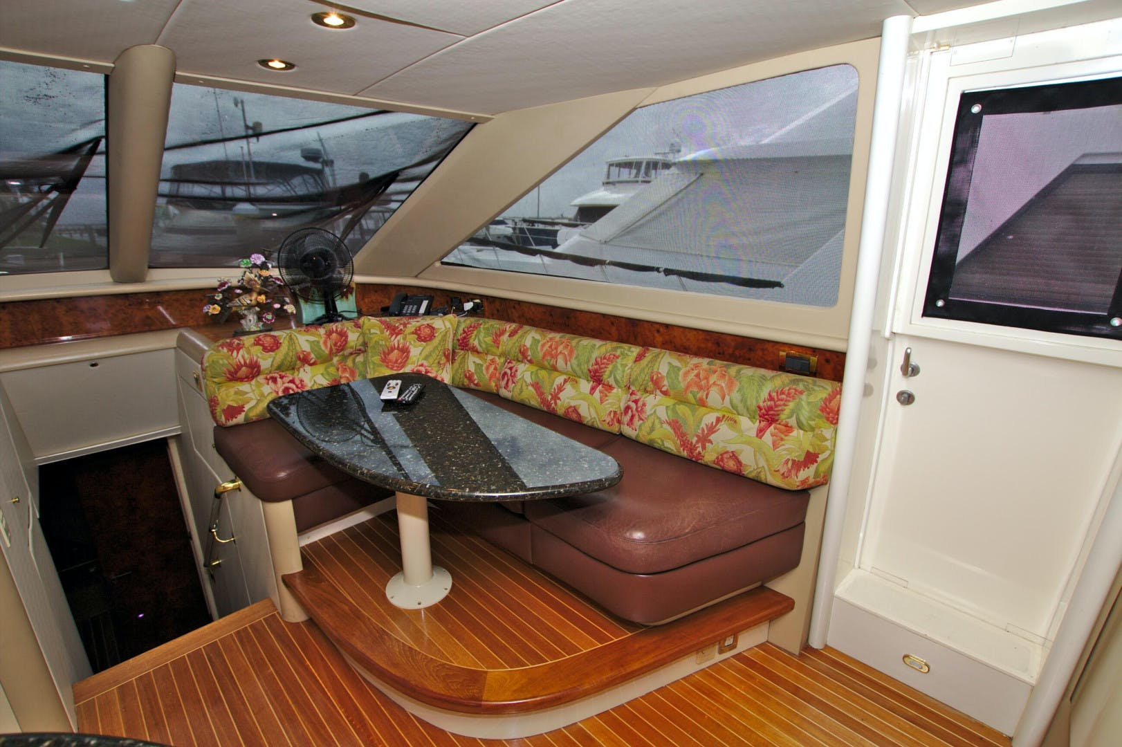 1995 Lazzara Yachts 76' 76 GRAND SALON Christmas Spirit | Picture 3 of 106