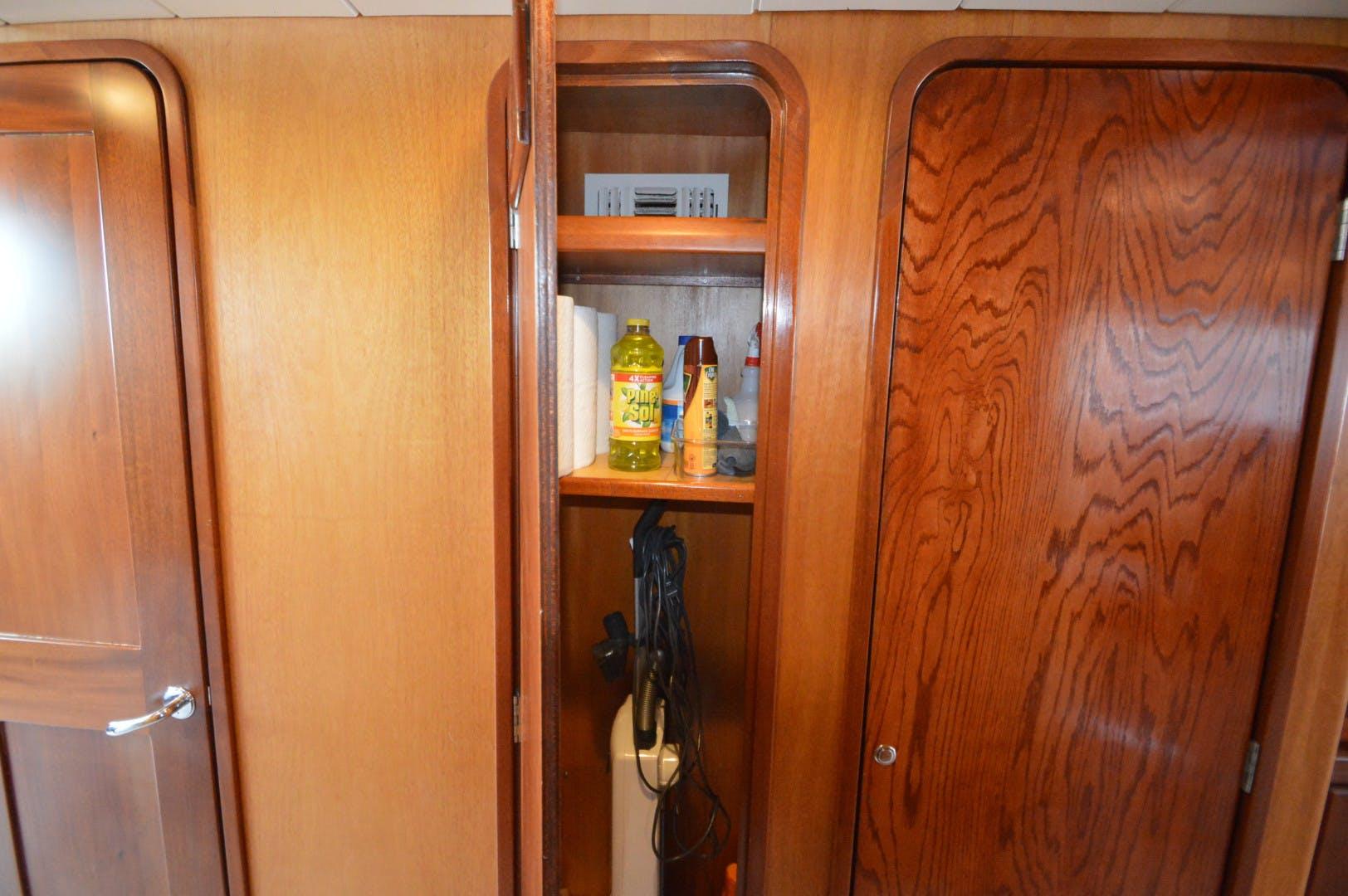 2001 Custom 72' 72 Motoryacht Intermission | Picture 4 of 142