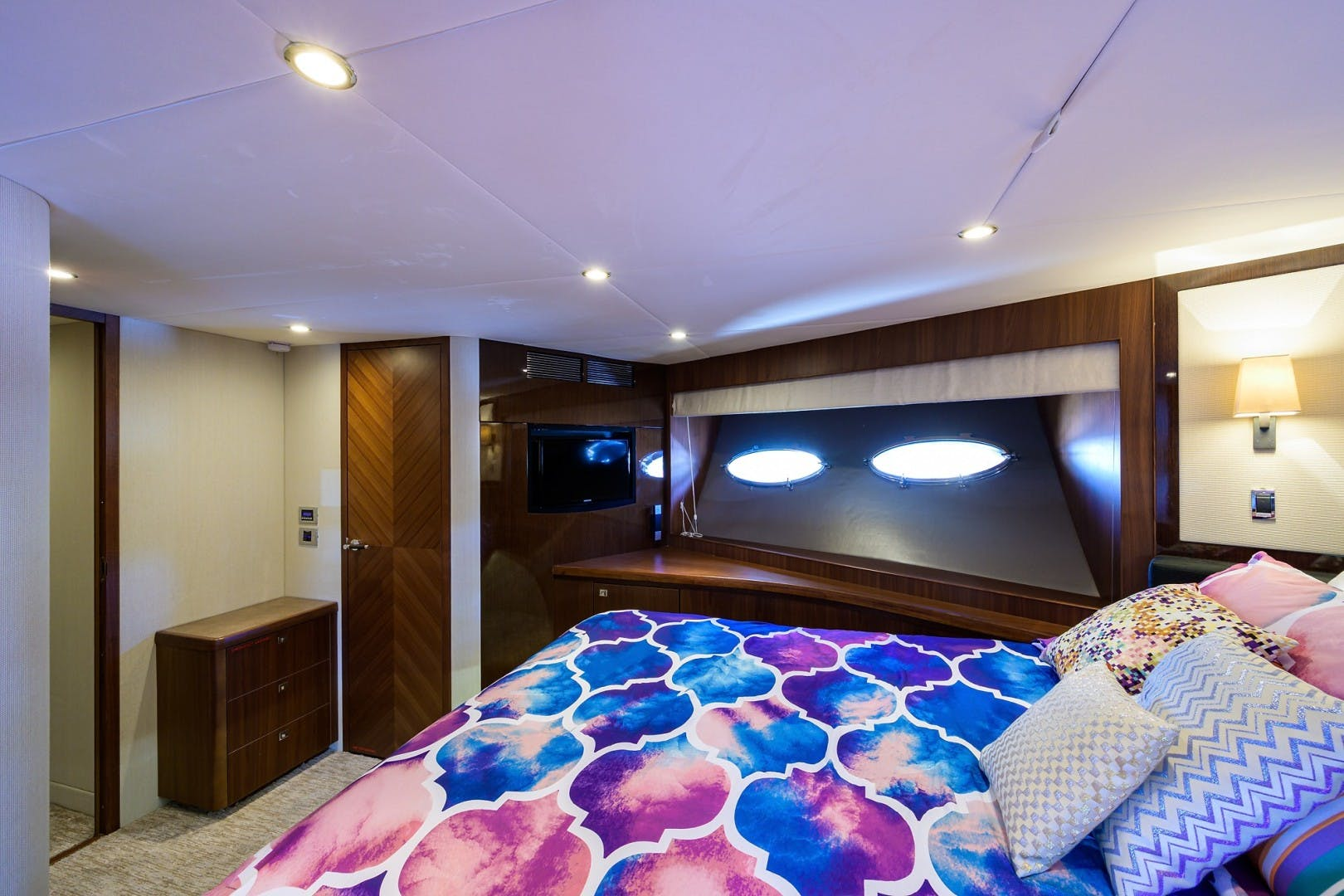 2012 Princess 85' Motor Yacht Praying for Overtime ll | Picture 8 of 63