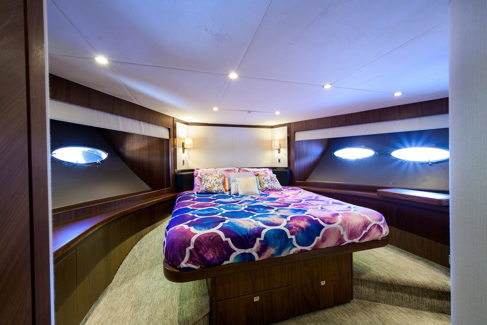 2012 Princess 85' Motor Yacht Praying for Overtime ll | Picture 7 of 63