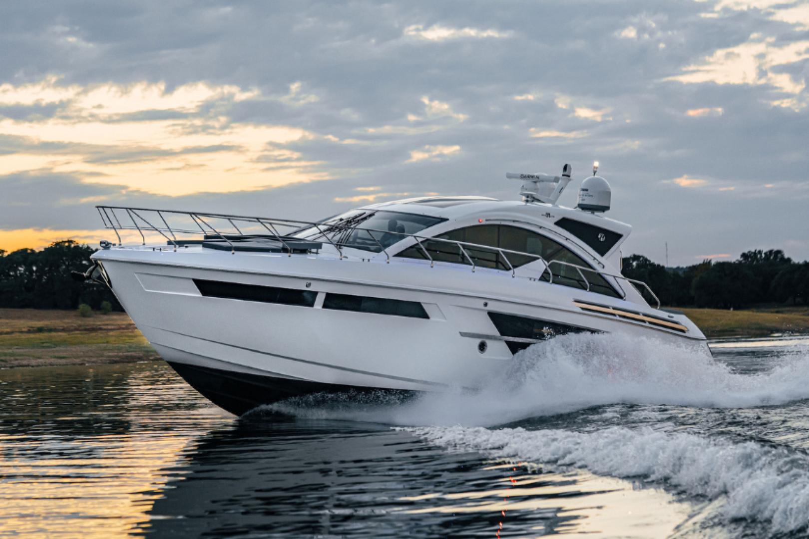 54' Cruisers Yachts 2021 54 Cantius No Name
